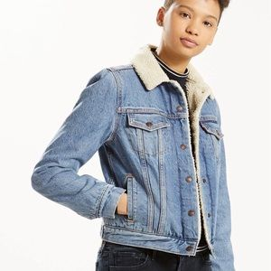 Levi's Sherpa denim trucker jacket XS